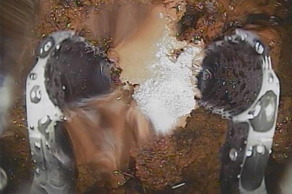 Novinky ve Fukušimě: provozovatel zveřejnil fotky z roztaveného reaktoru
