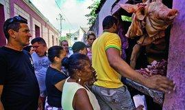 Melouchy, okrádání státu a svádění turistek. Kubánský recept, jak přežít za 30 dolarů