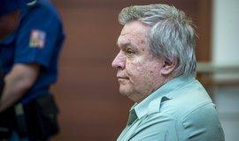 Lékař Barták dostal za plánování vražd a vydírání tři roky vězení