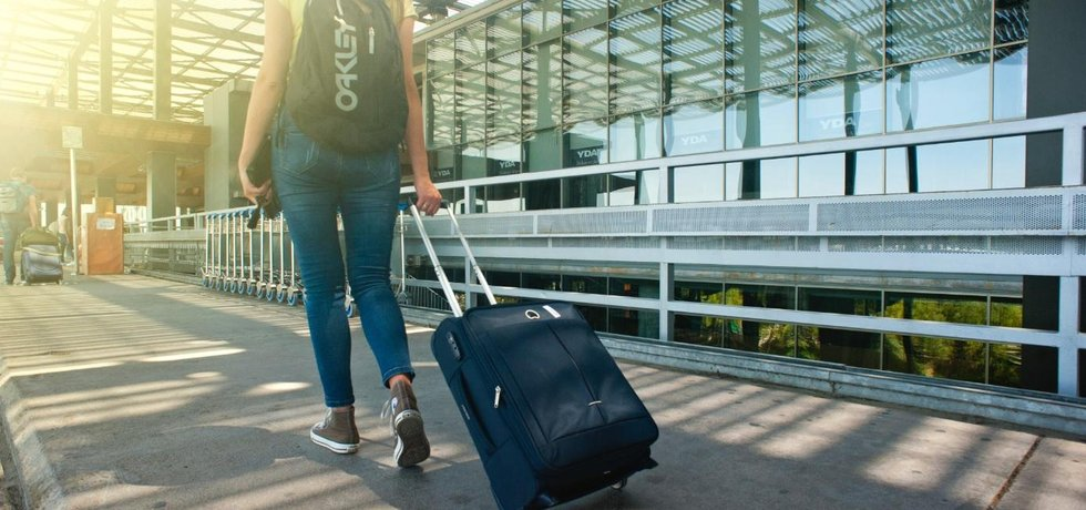 Cestování do zahraničí - ilustrační foto