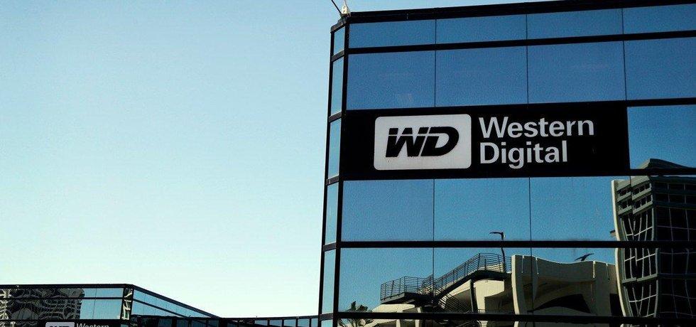 Western Digital tvrdí, že prodej divize nelze uskutečnit bez jeho souhlasu.