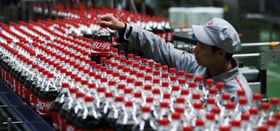 Továrna Coca-Coly v Číně
