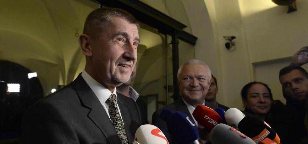 Předseda hnutí ANO Andrej Babiš v doprovodu místopředsedy Jaroslava Faltýnka