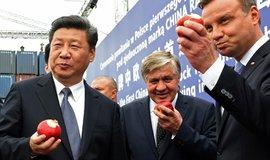 Čínský prezident Si Ťin-pching a jeho polský protějšek Andrzej Duda v roce 2016. Ilustrační foto.
