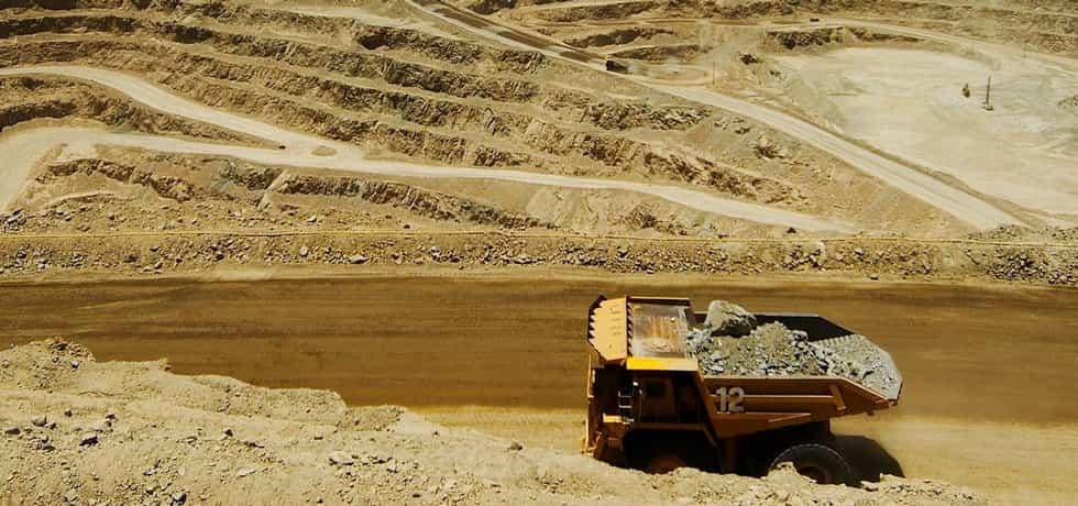 Měděný důl Lomas Bayas v Chile společnosti Glencore