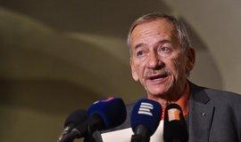 Zemřel předseda Senátu Jaroslav Kubera, bylo mu 72 let