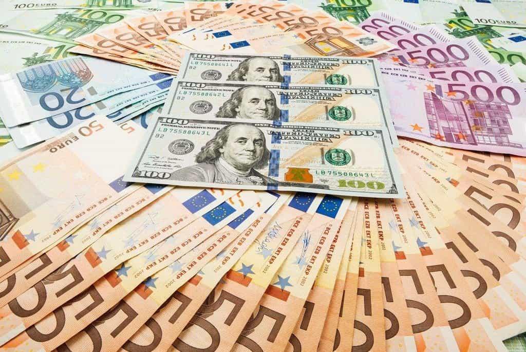 Hlavním motorem růstu světové ekonomiky je podle OECD uvolněnější rozpočtová politika, ilustrační foto
