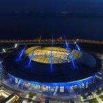 Krestovsky stadion (Petrohrad) – Kapacita: 67 000. Stadion, se kterým byly zřejmě největší potíže. Jeho stavba začala v roce 2007 a původně měla být dokončena o dva roky později. Termín se však několikrát posouval, kvůli nárokům FIFA navíc došlo ke změně jeho plánované podoby. Původně měl stát kolem 220 milionů dolarů, náklady se však nakonec téměř ztrojnásobily. Bude se na něm hrát druhé semifinále a utkání o třetí místo.