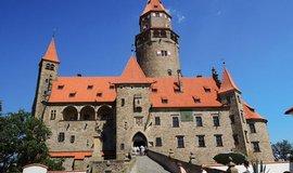 Hrad Bouzov zůstane státu. Ústavní soud odmítl stížnost Německého řádu