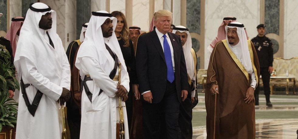 Donald Trump spolu s králem Salmánem