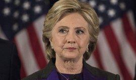 V kauze soukromých e-mailů Clintonové se provinilo 38 lidí, některé čeká disciplinární řízení