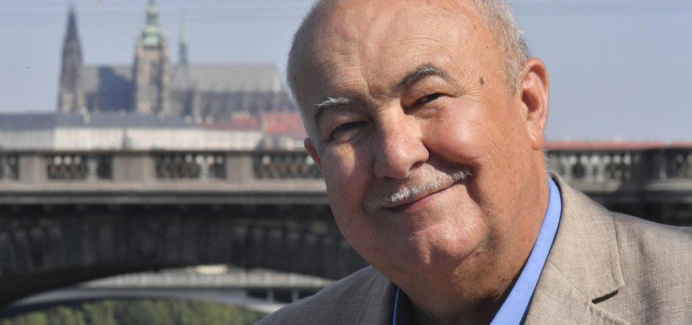 Prezidentský kandidát Petr Hannig