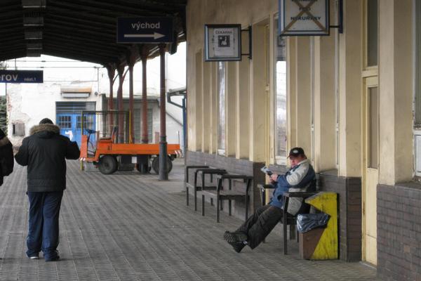 Nástupiště na nádraží v Přerově