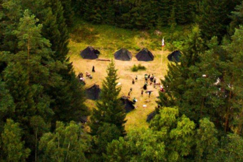 Sturmvögel na táboře ve Švédsku v roce 2016.