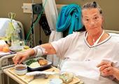 Ilustrační foto; nemocnice, pokoj, výživa, strava, jídlo