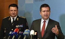 Ministr vnitra Jan Hamáček a policejní prezident Tomáš Tuhý