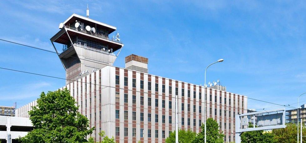 Ústřední telekomunikační budova CETIN v Olšanské ulici na Žižkově
