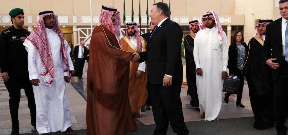 Americký ministr zahraničí Mike Pompeo na návštěvě Saúdské Arábie