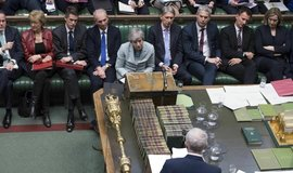Theresa Mayová v parlamentu