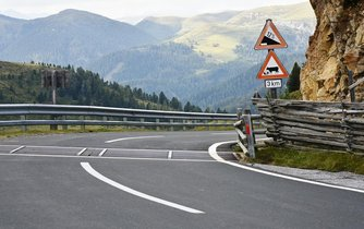 Silnice v Rakousku, ilustrační foto