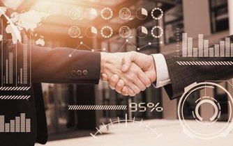 Investicím a akvizicím se v Česku daří, ilustrační foto